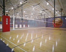 POWR-NET TRIPLE COURT OVERHEAD SUPPORTED FOLD-UP VOLLEYBALL SYSTEM W/O JUDGE'S STAND